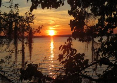 am Lake Seminola