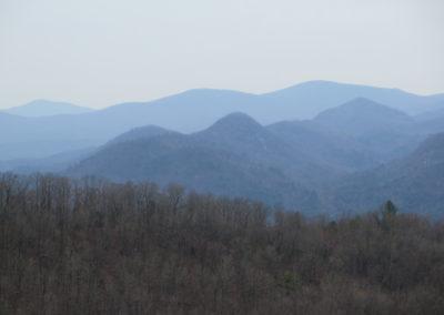 Blick in die blauen Berge